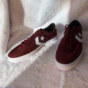 NWOB Converse Courtlandt Low Top Sneaker 10